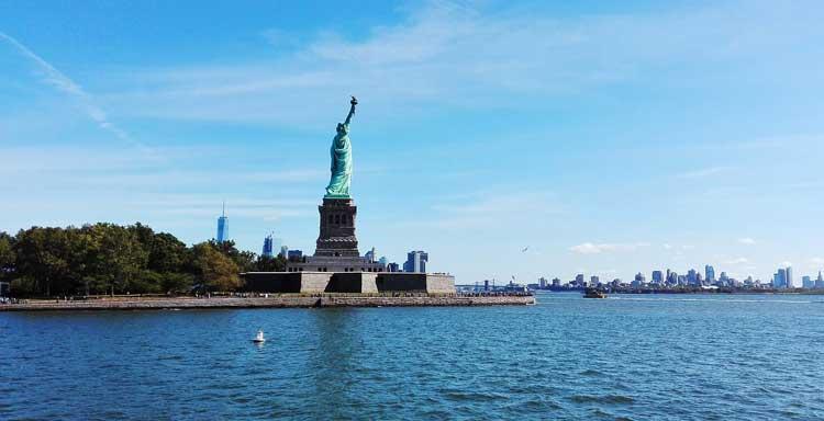 new-york statue