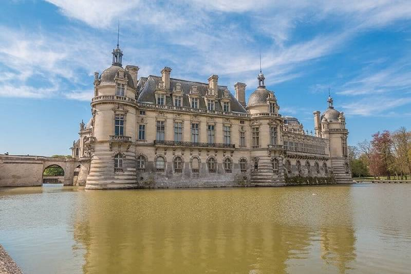 Le château de Chantilly en France